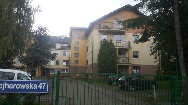 Elewacje i Ocieplenia bloku w zamkniętym osiedlu w Wejherowie firmy budowlanej Spec Bud A. Teclaf Trójmiasto