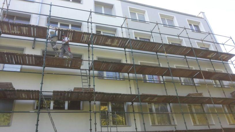 Elewacje, Rusztowania i Ocieplenia kolejnego bloku firmy budowlanej Spec Bud A. Teclaf Trójmiasto